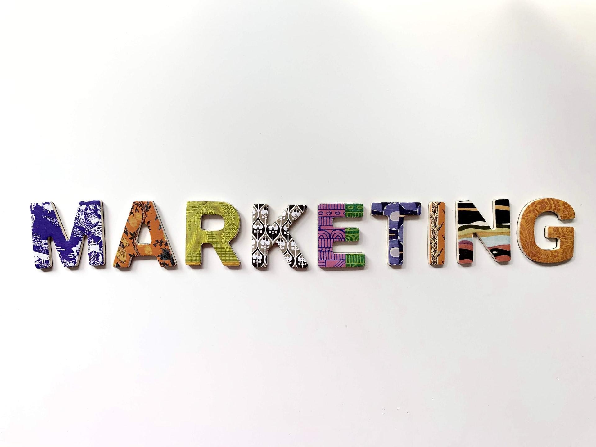 Hvad er digital markedsføring og hvordan kommer du i gang med det?